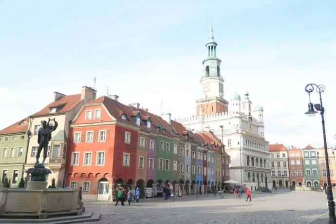 徹底解説】カラフルでかわいいポーランドの旧市街、ポズナンの魅力Top9 ...